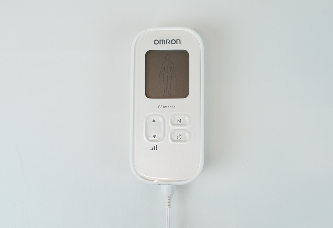 omron_e3_pain-reliever_detail1.jpg