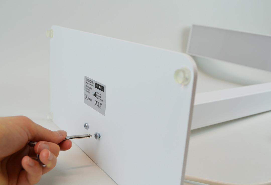 innolux valovoima lichttherapie lampe f r den arbeitstisch 10 39 000 lux chf 319 wellness. Black Bedroom Furniture Sets. Home Design Ideas