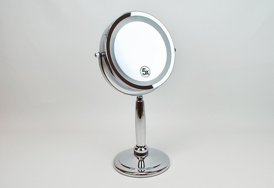 beurer kosmetikspiegel bs69 mit grossz giger spiegelfl che chf 89 schweiz. Black Bedroom Furniture Sets. Home Design Ideas