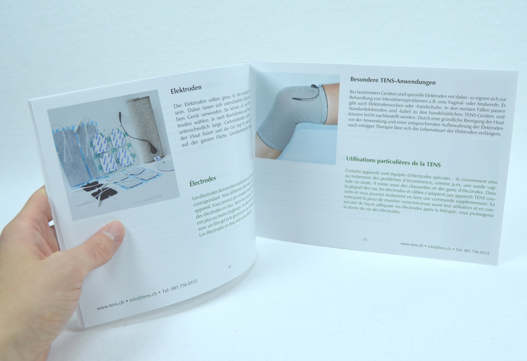 The catalog is illustrated and bilingual in German and French.