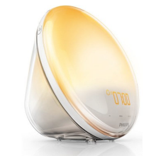 Fall asleep gently and wake up just in the same way. The Philips Wake-up Light HF3520/01 takes care of both.
