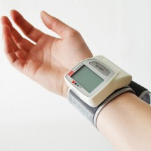 Wrist blood pressure meters