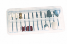 You have all the necessary tools for a thorough treatment of your feet and nail care with this set of 16 pieces.