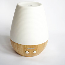 Aroma diffuser Beurer LA40 made of bamboo and porcelain