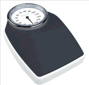�Large analogue, fully-viewable scale and designed for all body sizes.