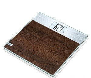 Glass scale with easy-care laminate and particular big LCD readings